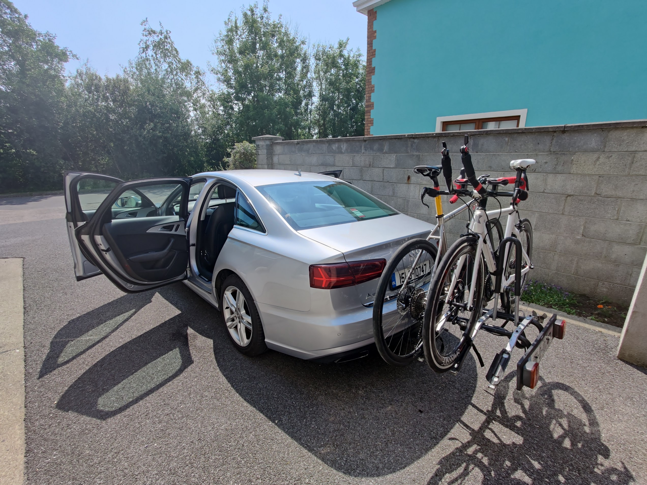 Support Car With Bike Carrier